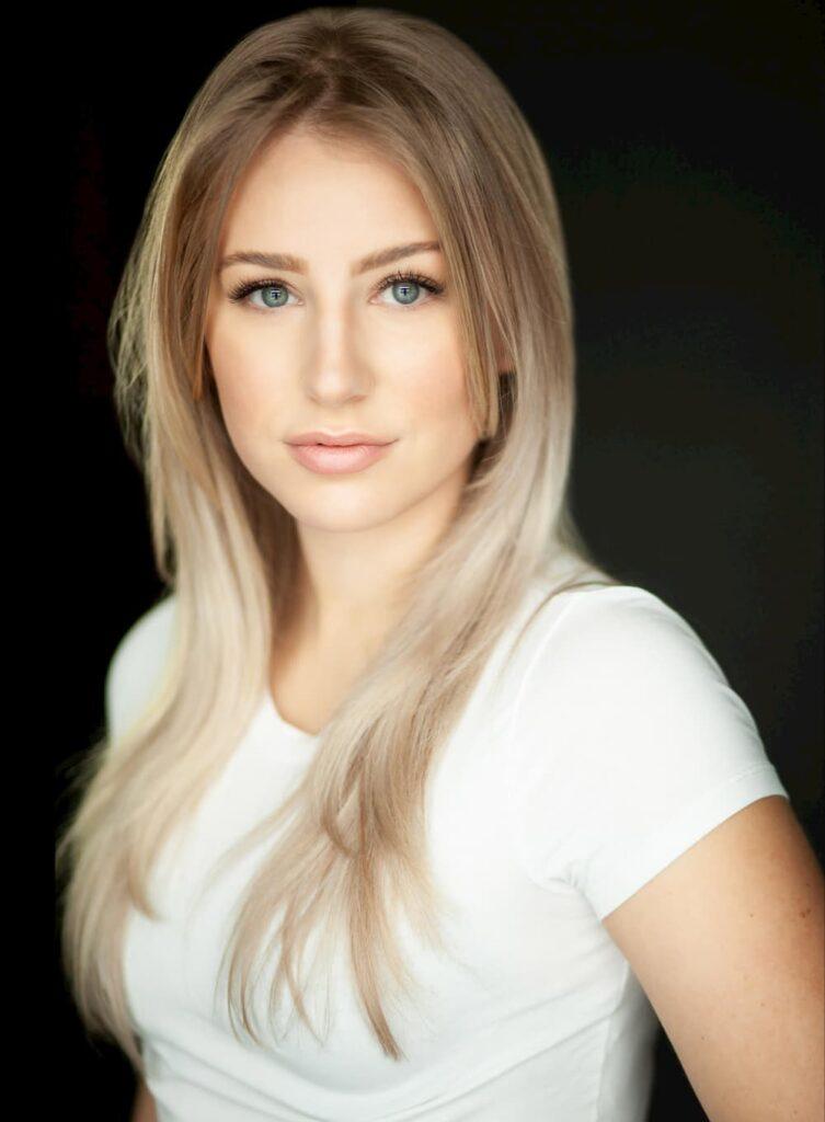 Danielle Dyrland Alumni